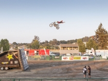 MonsterTrucks_0111