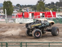 MonsterTrucks_0122
