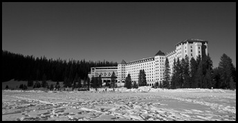 A frozen Lake Louise and the Fairmont