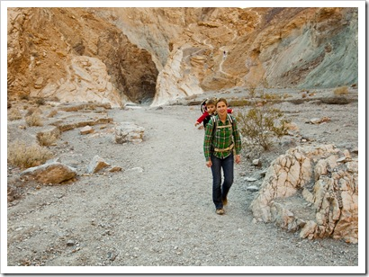 Lisa and Lilia in Mosaic Canyon